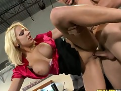 Blonde Lylith Lavey with massive knockers and hairless cunt lets chap drill her sweet mouth