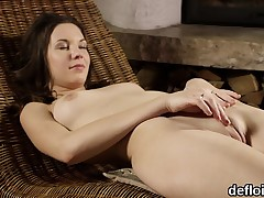 Cute nympho gapes soft wet crack and gets deflorated
