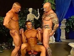 Roasting Hunks In A Hot Foursome