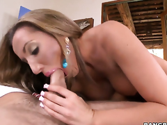 Richelle Ryan with bubbly wazoo does lewd things and then gets painted with man cream