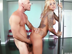 Johnny Sins enjoys irresistibly sexy Britney Shannons wet hole in hardcore sex action