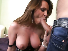 Pamela Smile is good at anal fucking and her hot bang buddy Ian Scott knows it after mouth job