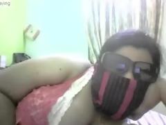 Indian chubby girl strip on cam