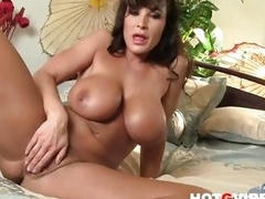 Sexy Pornstar Lisa Ann pussy role of close about