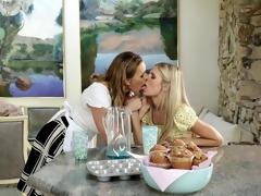 MILF Seduces Daughter&#039,s Best Friend