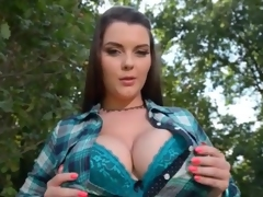 Curvy girl Cherry Blush does a sexy dance outdoors