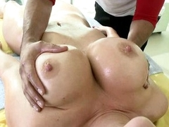 A full body massage for seductive slut Jayden James