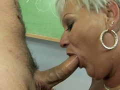 Super sexy granny Cecily getting her mouth busy on a hot young weenie