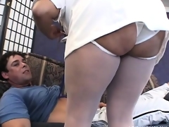 Slinky babe in nurse uniform is brave enough to gangbang two bayonets