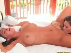 Vanessa Veracruz and Abigail Mac - Secret Garden
