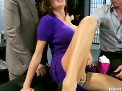Veronica Avluv 1st time double penetration