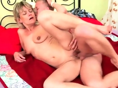 Older mommy need young hard cock to fuck.