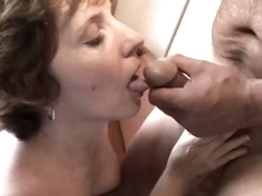 Doyen grandma Amy Lynn thinks fitting huge dong