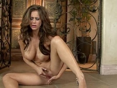 Hot unclothed Emily Addison fingers her wet cock pit