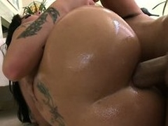 She sucks his large nob jointly with acquires say no to awesome ass drilled abyss jointly with unending