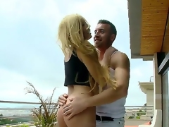 Donna Bell just wants to relax outdoors, but her boyfriend needs to fuck her right now. Oh well, she cant lose a chance to swallow his dagger one more time. Watch and enjoy