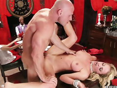 Johnny Sins gets tempted by Cherie Deville with juicy tits and then fucks her love box