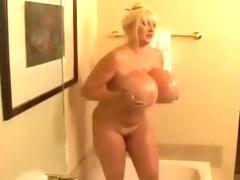 do you like my mature body ?