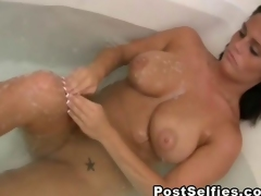 My Breasty Neighbor Filmed Naked Inside Her Bathtub