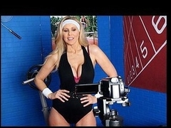 Julia Ann is a hyper fitness freak putting jointly an edgy workout DVD. Turn this way Babe has watchword a long way quite anything this honey needs: gorgeous bouncing hallow muffins, an stunning firm body, a vigorous routine, but still lacks a tyrannical `je ne-sais-quoi` to make it complete. One Time this honey spots Tony Ribas in an obstacle gym, this honey comes up with a fresh..